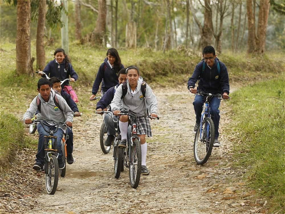 """Mi Primera Bicicleta Chicco Su Primera Bicicleta: Fotos: """"Mi Primera Bicicleta Me La Dio Un Policía"""