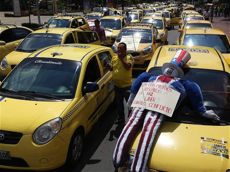 Taxistas se hicieron sentir con las protestas contra Uber