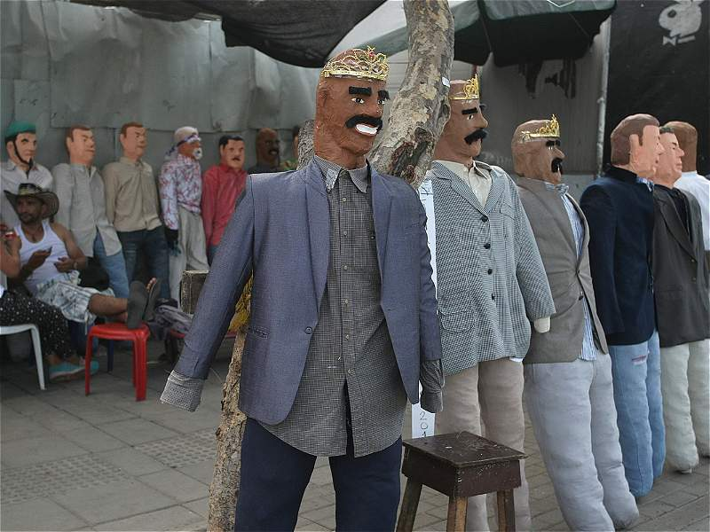 Los personajes que se convirtieron en año viejo en Cali