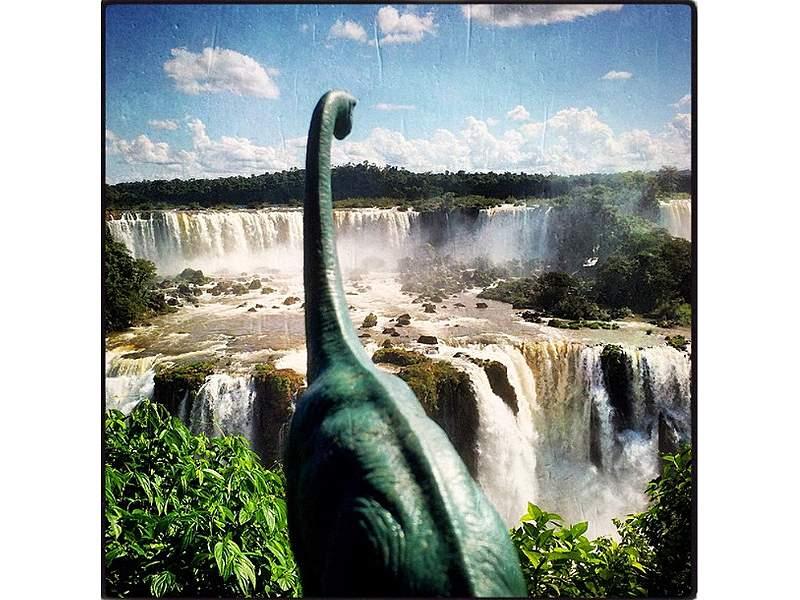 El fotógrafo que trae a los dinosaurios de nuevo a la vida