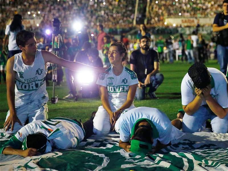 Homenaje a Chapecoense en Brasil