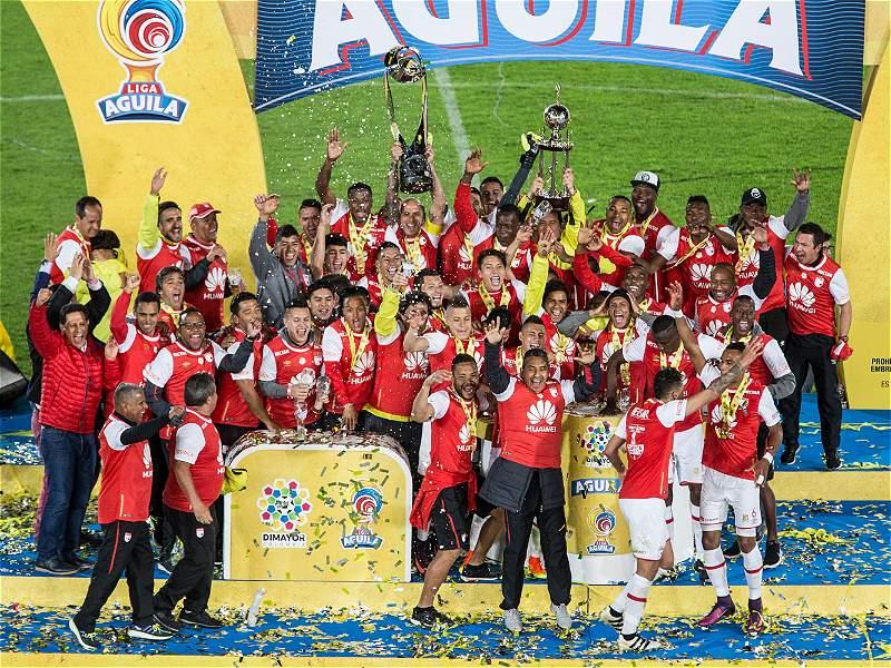 Las mejores imágenes de la final del fútbol colombiano entre Santa Fe y Tolima