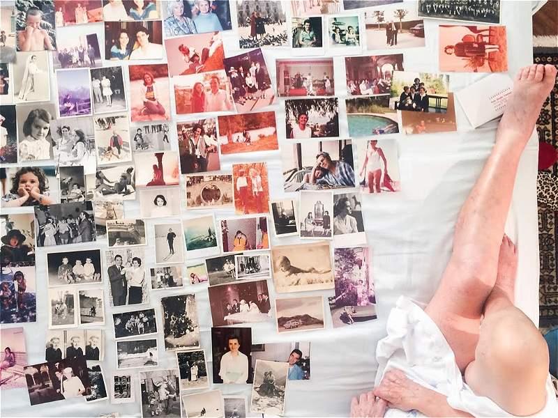 'Los últimos días de mi abuela', el reportaje gráfico con el que un periodista despide a su ser querido