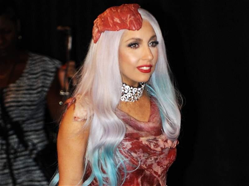 De figura excéntrica a ícono fashion: la evolución de Lady Gaga
