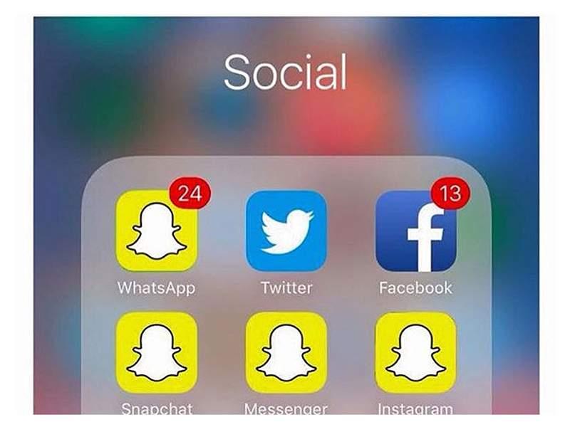 Con memes, usuarios hacen sentir su descontento con la actualización de WhatsApp