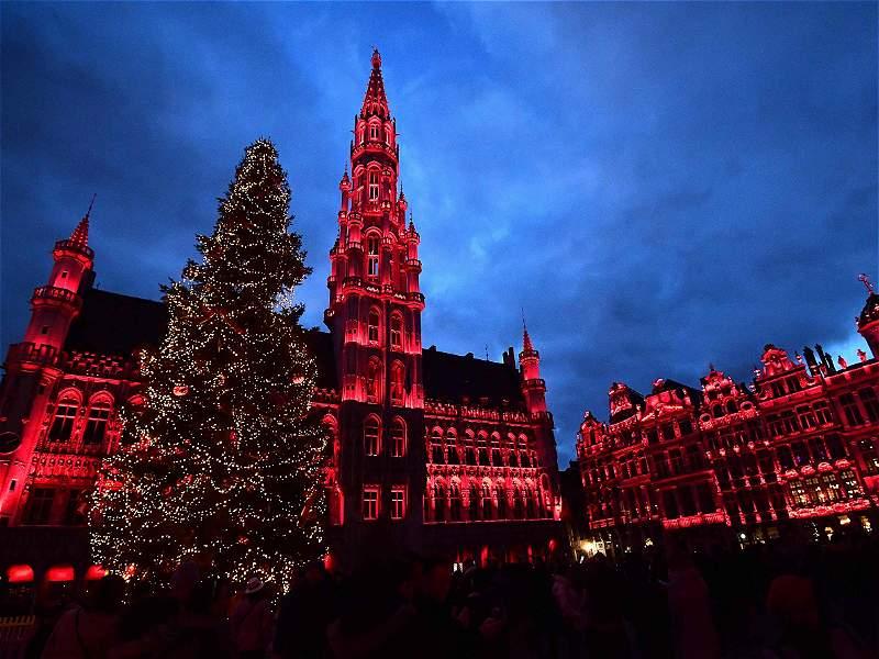 Impresionantes alumbrados de Navidad alrededor del mundo