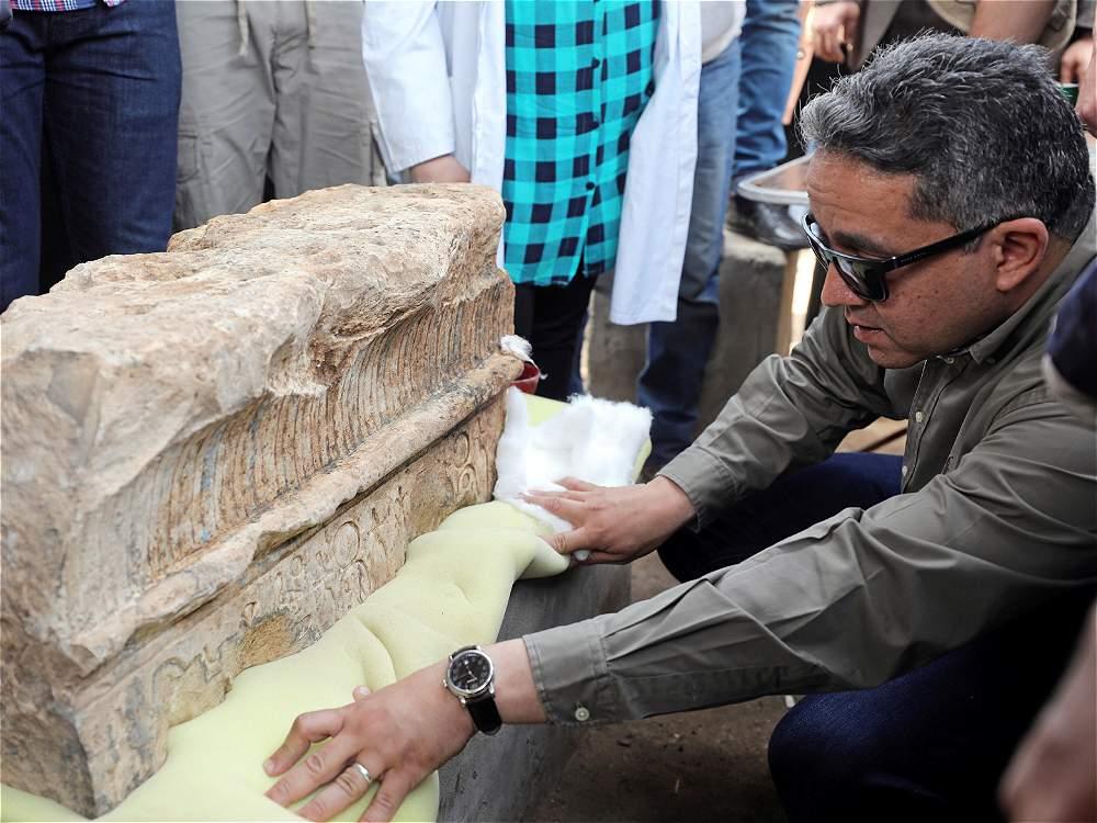 Las gigantescas estatuas de faraones egipcios encontradas en El Cairo