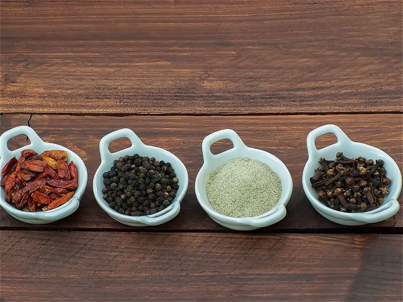 Los alimentos que no deberían guardarse en la nevera