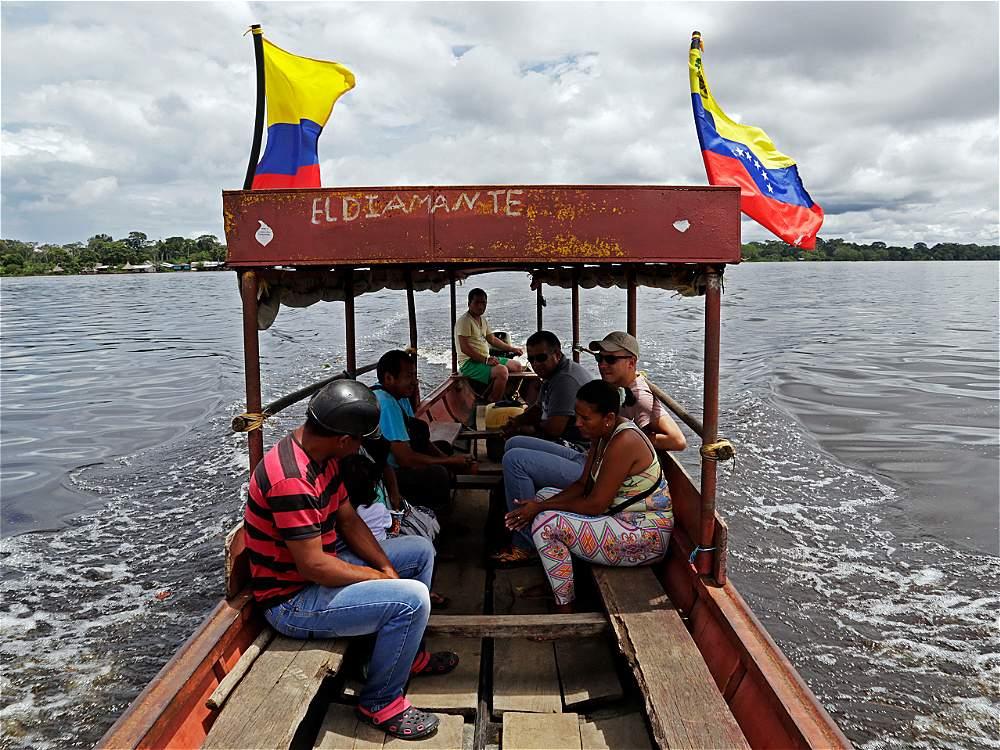 Desde Inírida, un paseo que vale la pena hacer es la visita a la población venezolana de San Fernando de Atabapo.