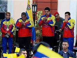 Despidos, el 'apartheid' político que implementa Nicolás Maduro