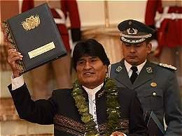 Evo Morales desafía y da paso a más cultivos de coca en Bolivia