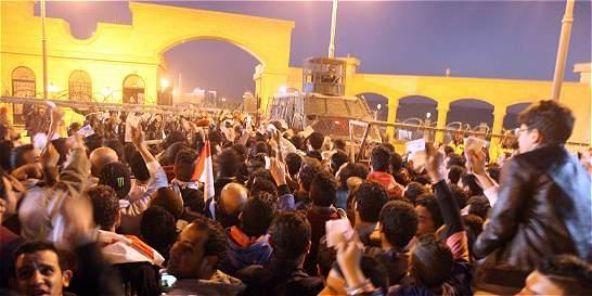 Mueren 19 personas por enfrentamientos en El Cairo