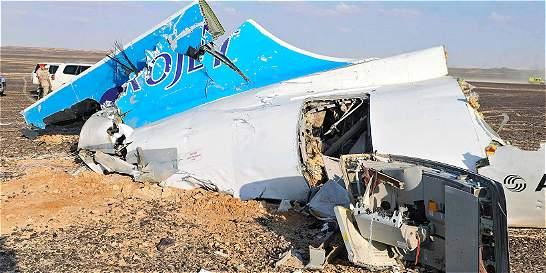 Tragedia aérea en Egipto: EI dice que derribó avión, Rusia desmiente