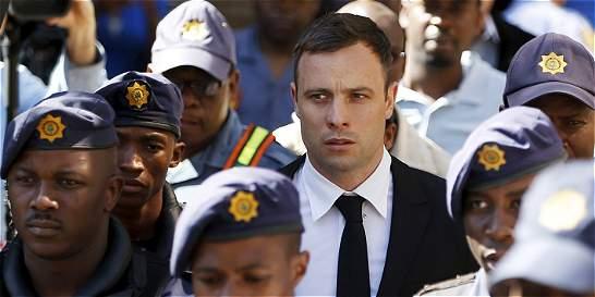 Fiscal defiende hipótesis de que Pistorius asesinó a su novia