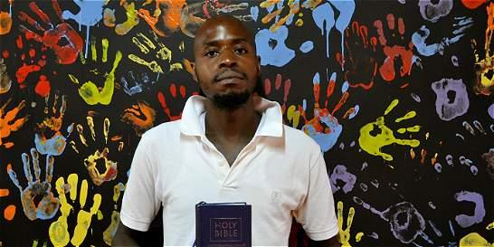 Una iglesia que reconcilia a los homosexuales kenianos con su Dios