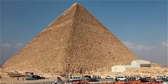 Encuentran partículas energéticas dentro de la pirámide de Keops