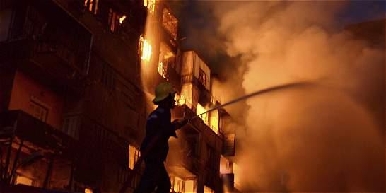 Incendio en el centro de El Cairo causa más de 70 heridos