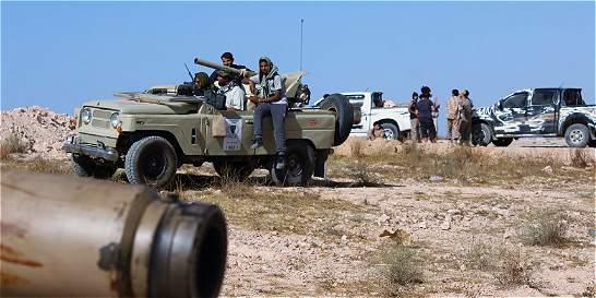 Alianza libia entra en Sirte y arrebata el puerto a los yihadistas