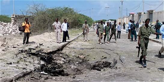 Atentado del grupo Al Shabab en la capital somalí deja 13 muertos