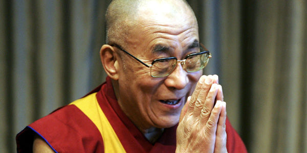 Tenzin Gyatso, premio nobel de paz en 1989, se convirtió en el decimocuarto dalái lama, en 1939, tras ser revelado por el panchem lama como la encarnación de Thubten Gyatso.