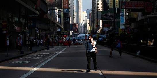 Los manifestantes abandonan las calles de Hong Kong
