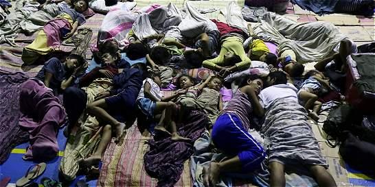 Continúan las labores de rescate en Filipinas por tifón Hagupit