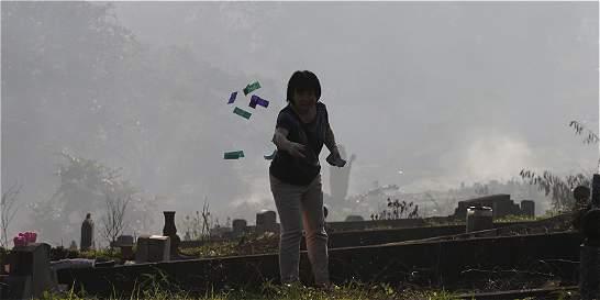 'Qingming', el festival chino donde se quema dinero falso