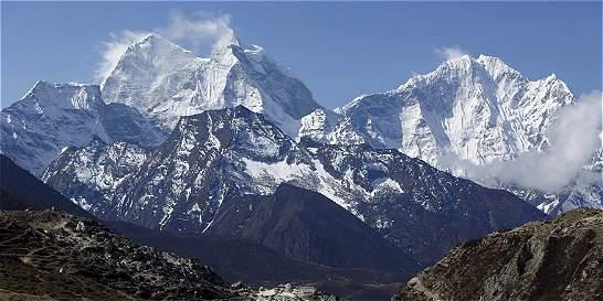 Impactante video de avalancha en el Everest causada por sismo de Nepal