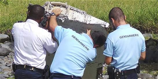 ¿Qué ocurre con los restos de un avión que se hunden en el mar?