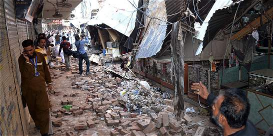 Caos y pánico provocó terremoto en Pakistán y Afganistán