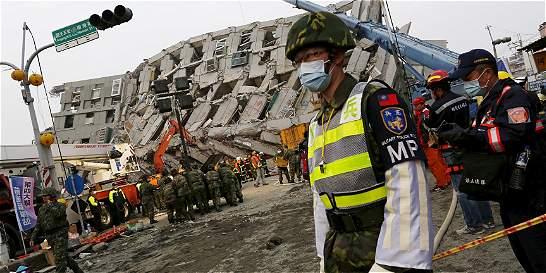 Al menos 38 muertos deja sismo de 6,4 grados de magnitud en Taiwán