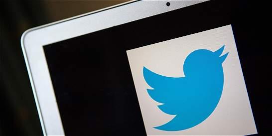 El dilema de los adolescentes paquistaníes en las redes sociales