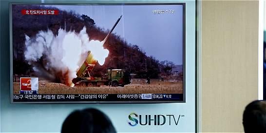 UE condena ensayo balístico norcoreano y le pide no crear tensiones