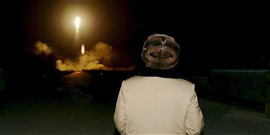 Corea del Norte lanza nuevo misil de corto alcance que cayó en tierra