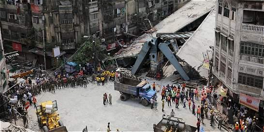 Detenidos varios responsables de constructora de puente caído en India