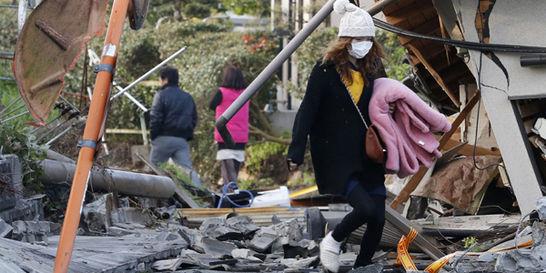 Japón cumple casi 72 horas de pánico por serie de terremotos