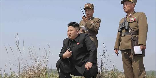 Corea del Norte lanza un misil balístico desde submarino, según Seúl