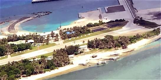China justifica presencia de aviones militares en islas japonesas
