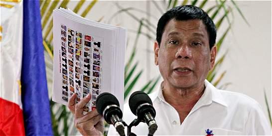 Presidente de Filipinas prevé 30 mil muertos más por el narcotráfico