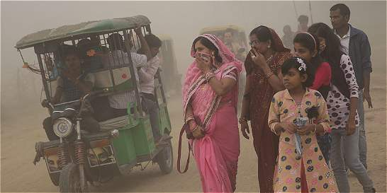 Nueva Delhi alcanza un histórico episodio de contaminación del aire