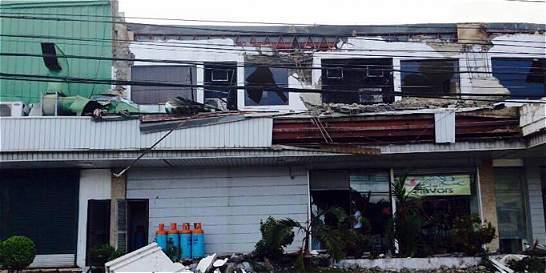 Cuatro muertos y más de 100 heridos por terremoto al sur de Filipinas