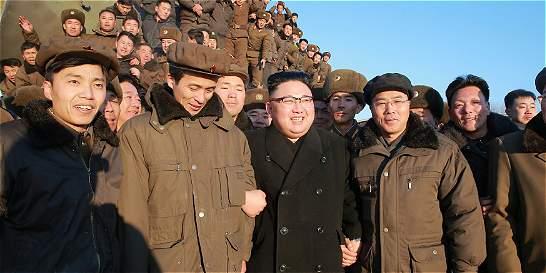 China, aliado norcoreano, rechazó prueba de misil de Pyongyang