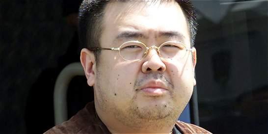 Con agujas envenenadas matan al hermanastro de Kim Jong-un
