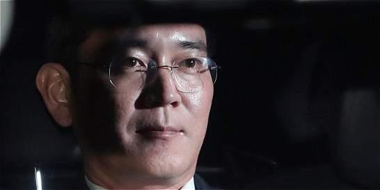 El heredero de Samsung fue arrestado por el caso 'Rasputina'
