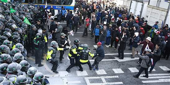 Fuertes protestas por destitución de la presidenta de Corea del Sur