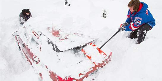 Gigantesca tormenta de nieve ya deja 13 muertos en Estados Unidos