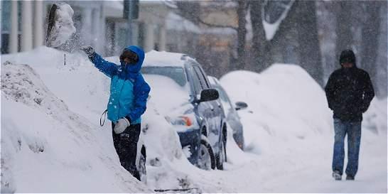 Noreste de EE. UU. vive nueva tormenta de nieve