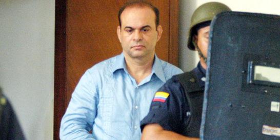 Ordenan levantar reserva en casos de 'paras' extraditados a EE. UU.