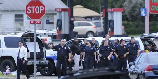 Policías de Dallas abatieron a sospechoso que intentó poner una bomba