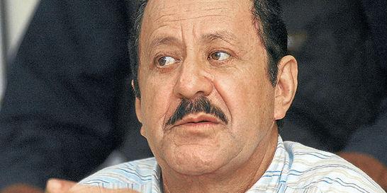 Juez suspendió proceso contra el paramilitar Hernán Giraldo
